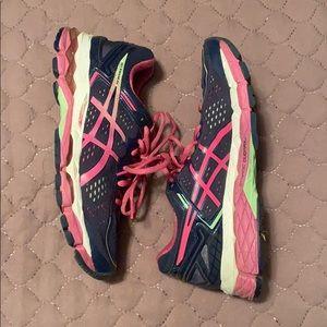 ASICS Gel-Kayano 22 shoes